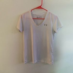 Under Armour  white short sleeve dry fit tee